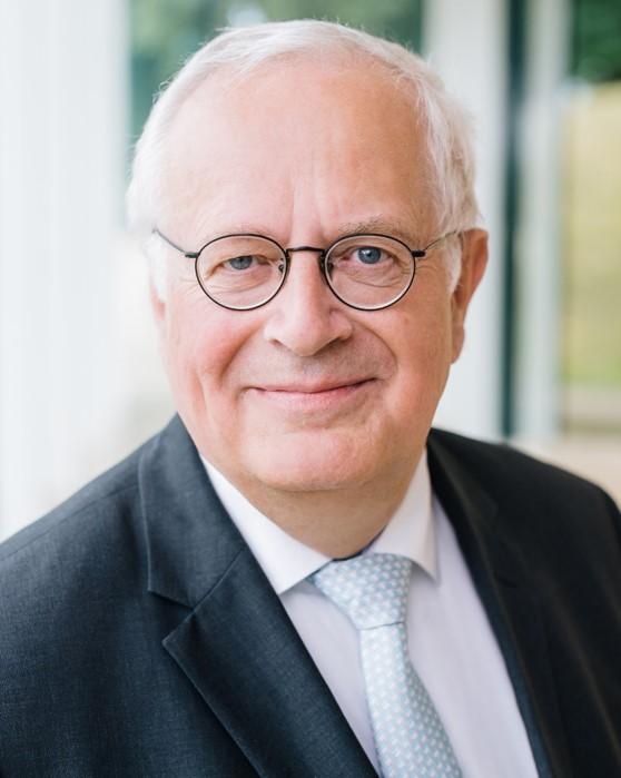 Prof. Ulrich Stephani